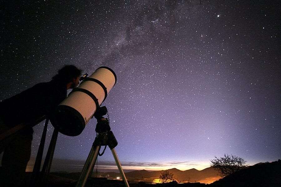 The Best Telescopes You Can Buy For Under $200