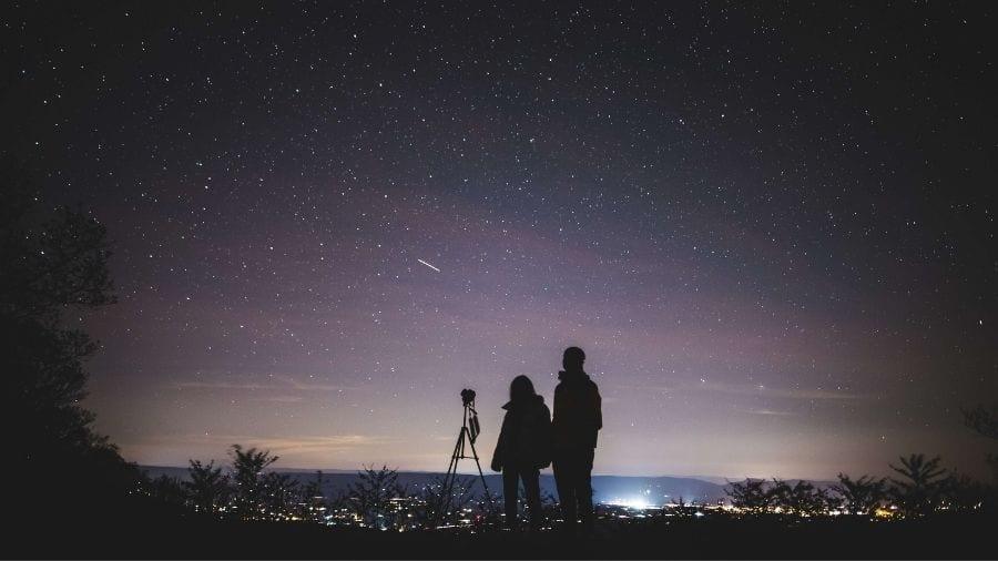 Best Telescope Under $1000 Featured Image